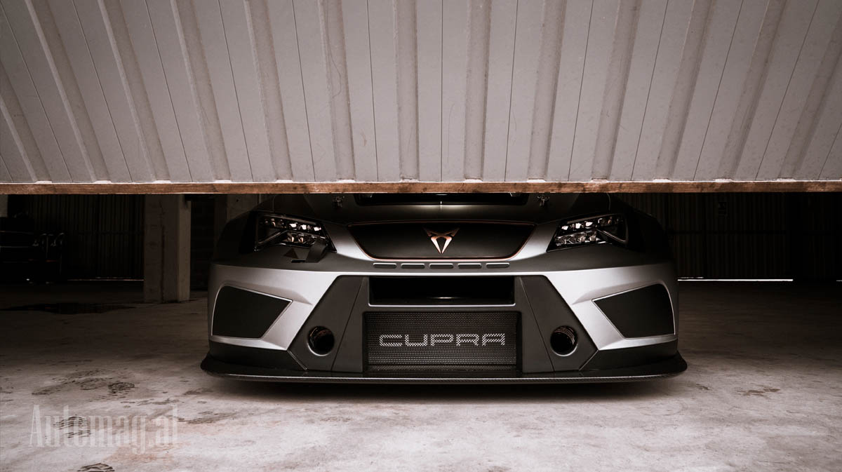 Cupra Leon Racing 01
