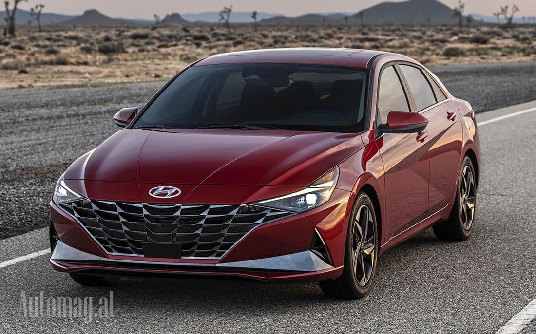 Hyundai Elantra 2020 03a