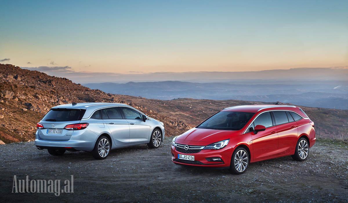 Opel Astra Sport Tourer 01b