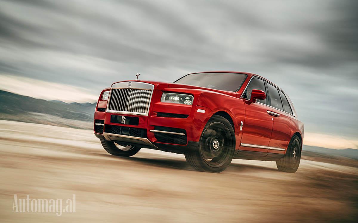 Rolls Royce Cullinan 01