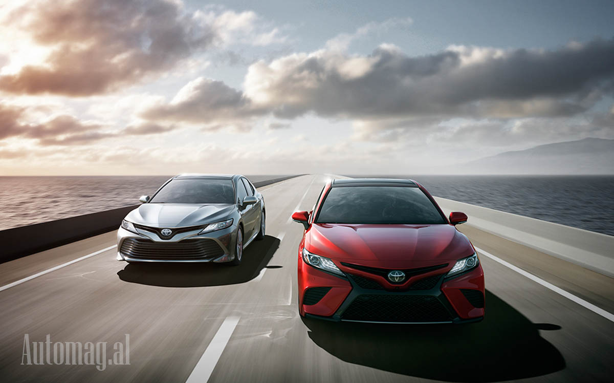 Toyota Camry 2019 01